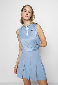 Cross Sportswear - SALLY SOLID - Polotričko - forever blue - 0