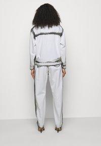 Alberta Ferretti - JACKET - Džínová bunda - white - 2