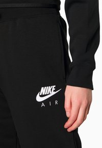 Nike Sportswear - AIR PANT - Trainingsbroek - black - 4