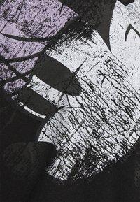 Desigual - MINNIE - T-shirt z nadrukiem - black - 6