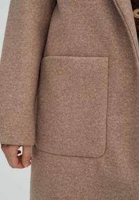 PULL&BEAR - Klasický kabát - rose gold - 4