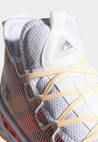 adidas Performance - PRO BOOST LOW SHOES - Zapatillas de baloncesto - white - 6
