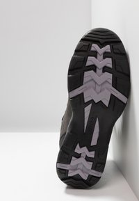 Hi-Tec - STORM WP WOMENS - Outdoorschoenen - grey/lavender - 4