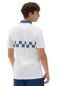 Vans - MN VANS X PENN POLO - Polo shirt - (penn) white - 1