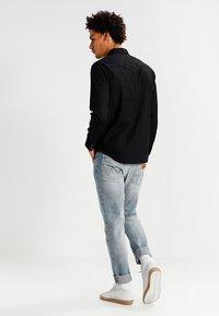Levi's® - BARSTOW WESTERN - Skjorter - black - 2