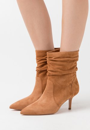 AUDREY - Classic ankle boots - tan