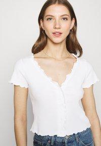 Monki - SONJA 2 PACK - Print T-shirt - off white - 4