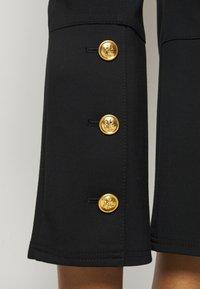 Tory Burch - PONTE FLARE PANT - Kalhoty - black - 3