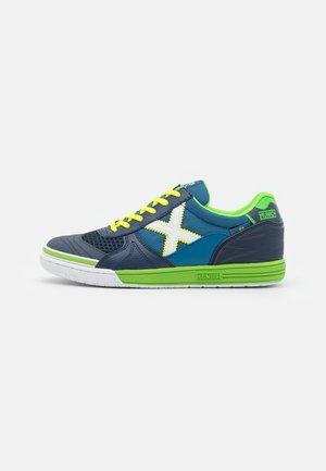 G-3 INDOOR - Indoor football boots - blue/green