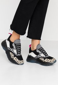 ONLY SHOES - Trainers - black - 0