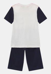 BOSS Kidswear - SET - Print T-shirt - coral - 1