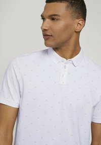 TOM TAILOR DENIM - Polo shirt - white mini palm leaf print - 3