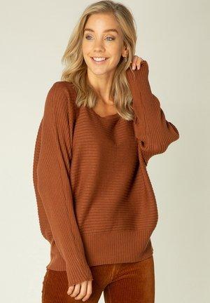 Jumper - warm brown