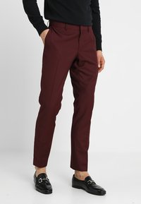 Isaac Dewhirst - FASHION SUIT - Suit - bordeaux - 4