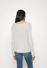 Missguided - OPHELITA OFF SHOULDER JUMPER - Pullover - grey - 2