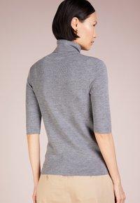 Filippa K - ELBOW SLEEVE - Basic T-shirt - mid grey - 2