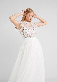 Needle & Thread - ROCOCO BODICE MAXI DRESS - Společenské šaty - ivory - 4