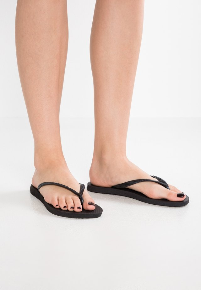 SLIM FIT - Chanclas de dedo - black