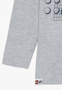 LEGO Wear - Langærmede T-shirts - grey melange - 2