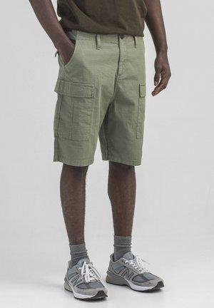 KOMANDO  - Shorts - olive green