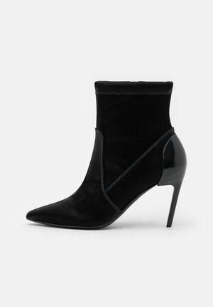 SLANTY D-SLANTY MABZC BOOTS - High heeled ankle boots - black