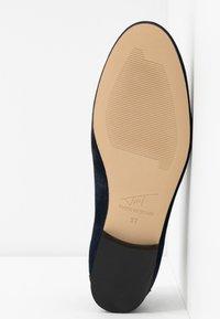Toral - Slip-ons - marine blue - 6