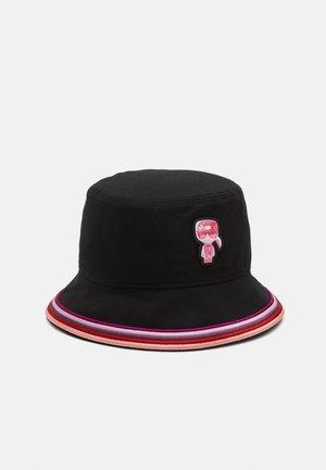 EXCLUSIVE BIARRITZ BUCKET HAT - Hatt - black