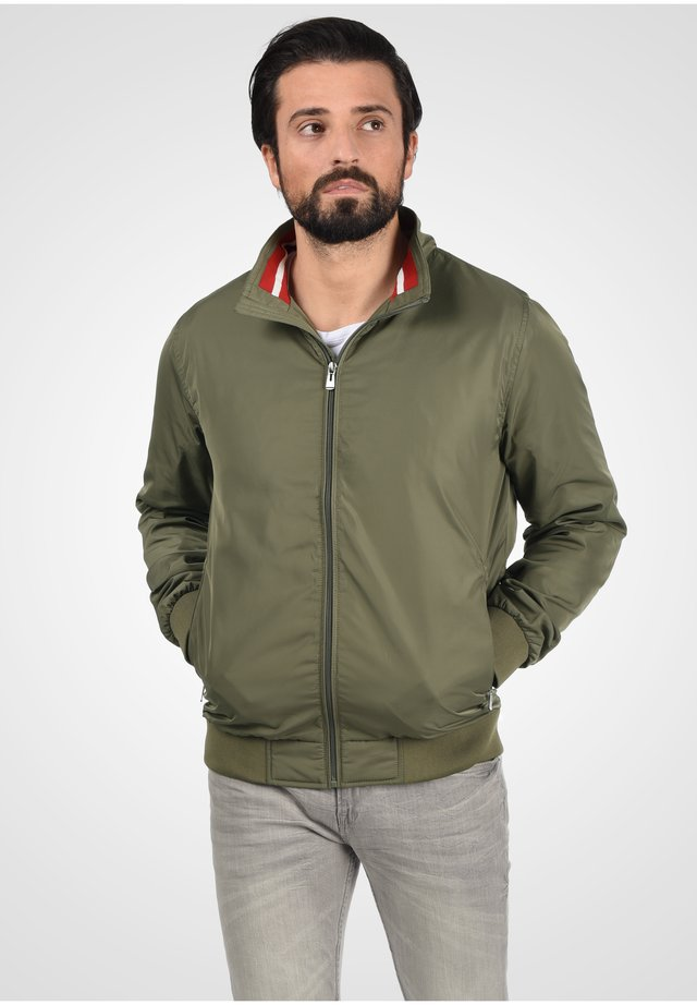 Jas - dusty olive green