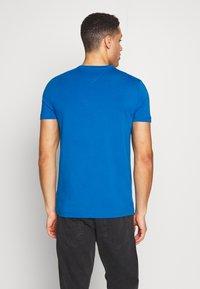 Tommy Hilfiger - T-shirt basic - blue - 2