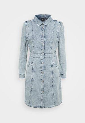 VMASTA DENIM DRESS - Denim dress - light blue denim