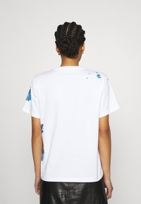MCM - SHORT SLEEVES TEE - Print T-shirt - white - 2