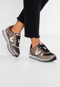 Victoria Shoes - Trainers - oro - 0