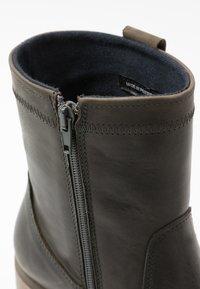 Bullboxer - Classic ankle boots - khaki - 2