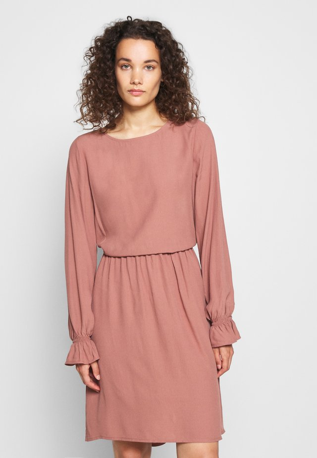 ESTHER DRESS - Robe d'été - raw umber