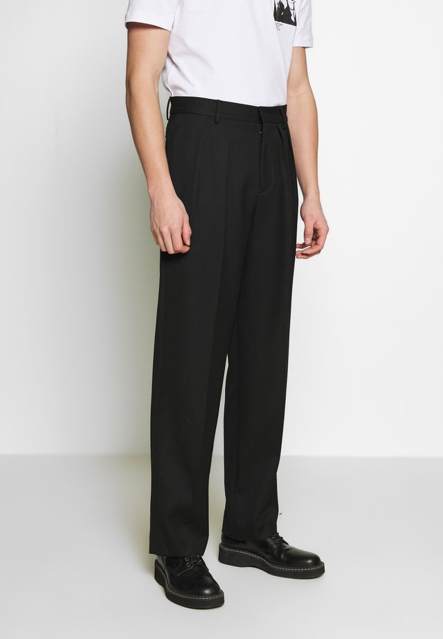 LUCA TROUSER - Bukser - darkest black