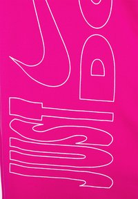 Nike Performance - ICON CLASH MILER  - Print T-shirt - fireberry/white - 5