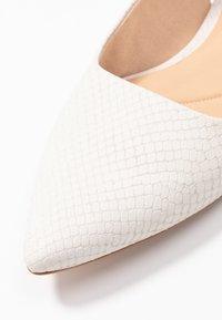 Clarks - LAINA - Slingback ballet pumps - white - 2