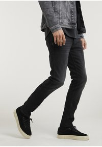 CHASIN' - CROWN RIX - Jeans Tapered Fit - black - 1