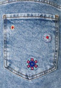 Desigual - LESLIE - Mini skirt - blue - 2