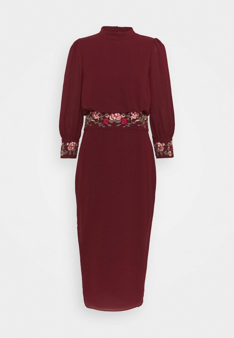 Hope & Ivy Tall - MARGOT - Koktejlové šaty/ šaty na párty - red