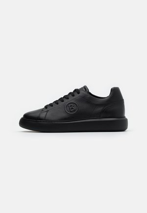 NEW BERLIN - Sneakers - black