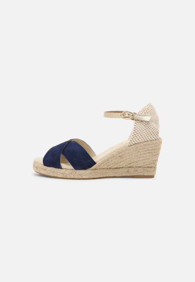 LIFANA - Sandály na platformě - marine