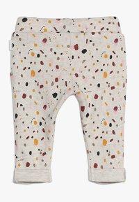 Noppies - PANTS REGULAR CAIRO BABY - Kalhoty - whisper white melange - 1