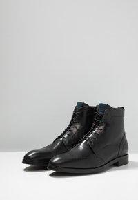 Giorgio 1958 - Šněrovací kotníkové boty - black - 2