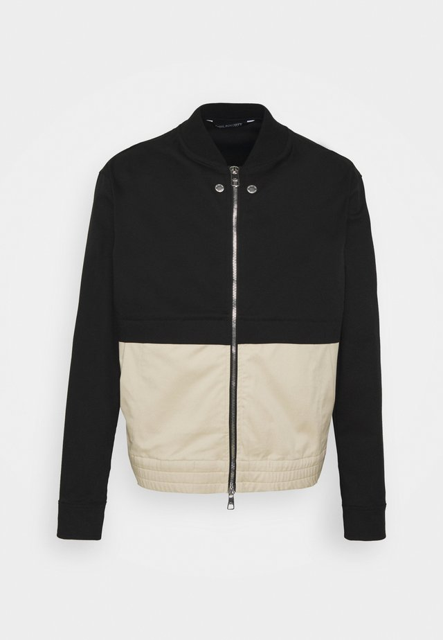 TRAVEL SLIM BOMBER - Bomberjacks - black/natural