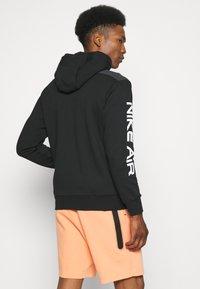 Nike Sportswear - HOODIE - Sweatjakke - black - 2