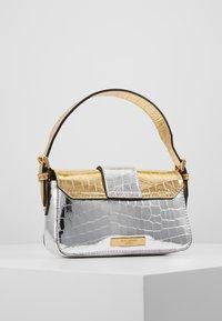Kurt Geiger London - GEIGER MINI BAG - Handbag - metal comb - 3