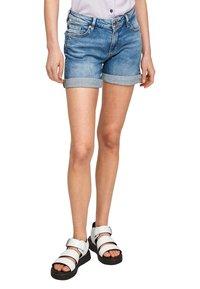 Q/S designed by - Denim shorts - medium blue - 5