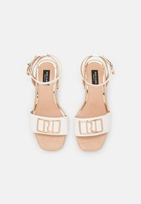 River Island Wide Fit - Sandals - white - 5