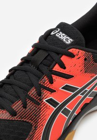 ASICS - GEL-ROCKET 9 - Volleyball shoes - black/fiery red - 5